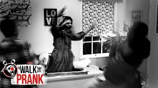 Zombie | Walk the Prank | Disney XD