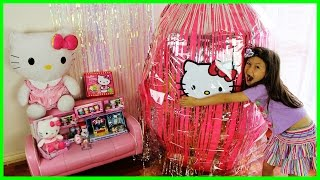 HELLO KITTY GIANT SURPRISE EGG Opening Hello Kitty Toys Hello Kitty Puzzle Kids Toy KiddieToysReview