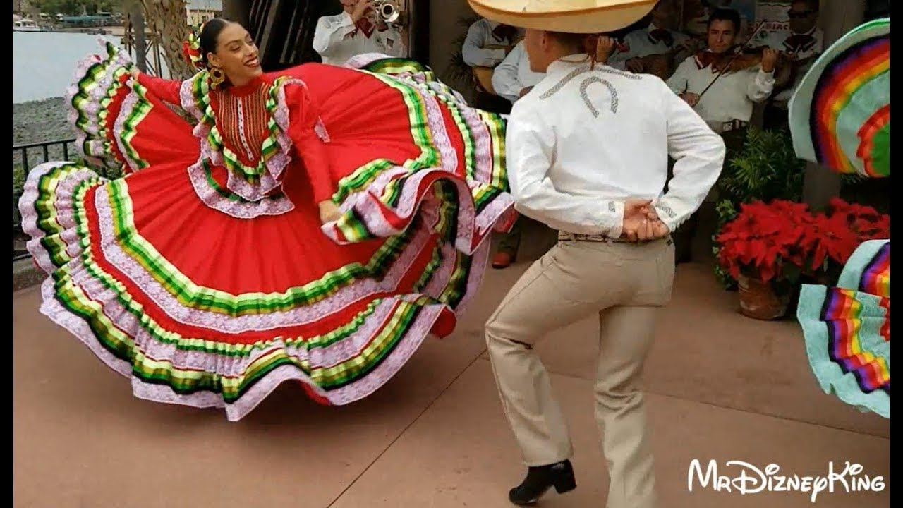 Mexico S Folk Dances Costumes And Features Vallarta Lifestyles