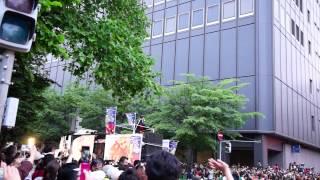 2012年の札幌よさこいソーラン祭りのパレードに上地雄輔(遊助)さんが...