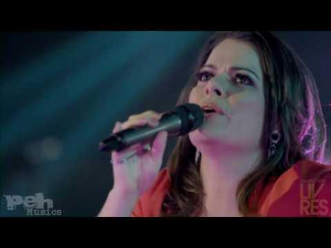 Livres Para Adorar - Santo (Feat: Ana Paula Valadão)