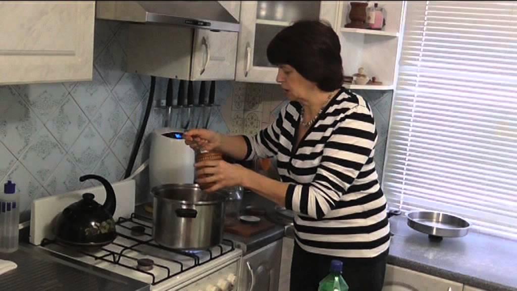маринованные грибы салаты простой рецепт