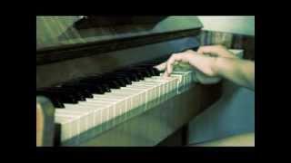 Игра на фортепиано(сумерки)