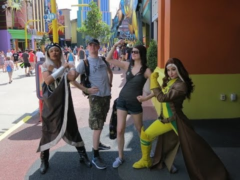 Meeting All The Characters! | UNIVERSAL STUDIOS ORLANDO