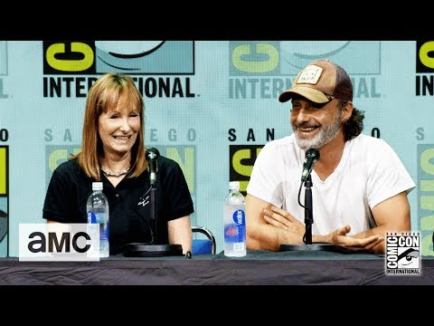 The Walking Dead: 'Andrew Lincoln on His Accent' ComicCon 2017 Panel