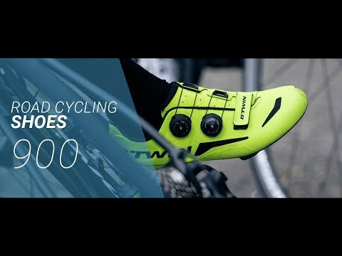 ROAD BIKE SHOES 900 // VELO ROUTE CHAUSSURES 900