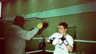 Repeat youtube video Maksi Training - BoxClub Prishtina.wmv
