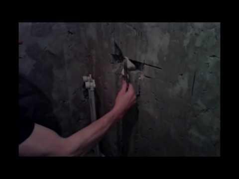 Монтаж труб в ванной.Прячем трубы в стену.