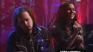 "KoRn feat Amy Lee ""Freak On A Leash"""