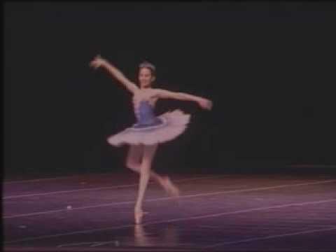 La Ballerine - Letícia Dias - ESCOLA DE DANÇA PETI...