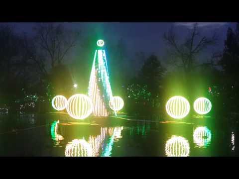 Cincinnati Zoo Lights (December 2016)