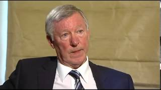 Sir Alex Ferguson gets ruffled by Channel 4 News