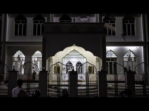 الوهابية في سريلانكا تحت المجهر بعد اعتقال داعية درس في السعودية على صلة بالتفجيرات الأخيرة …