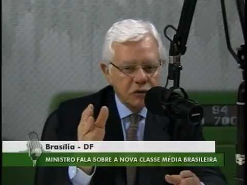 """Ministro Moreira Franco em entrevista no programa """"Bom Dia, Ministro"""""""