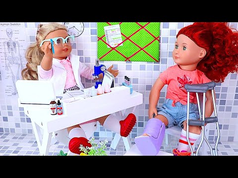 Thumbnail: Play baby Doll Doctor Toys! AG & OG Dolls doctor check up, medicine pretend play !
