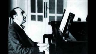 """Jesús Guridi: """"Muérdago (Zortzico del dolor)"""" de """"Danzas viejas"""" (1939)"""