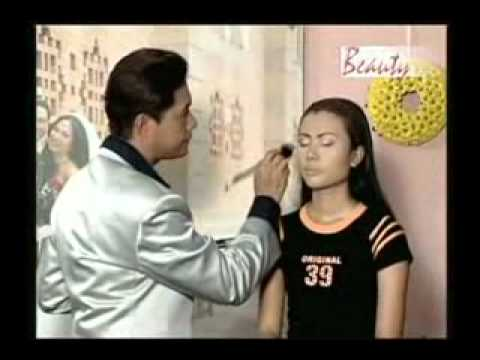 Dailymotion   Trang diem nghe thuat   Le dung 5   een Nieuws & Politiek video