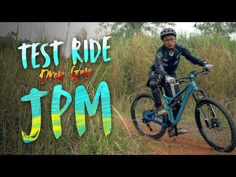 Uji Nyali dan Sepeda di JPM Bike Park