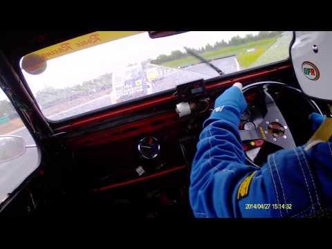 2cv car 77 race 2 croft