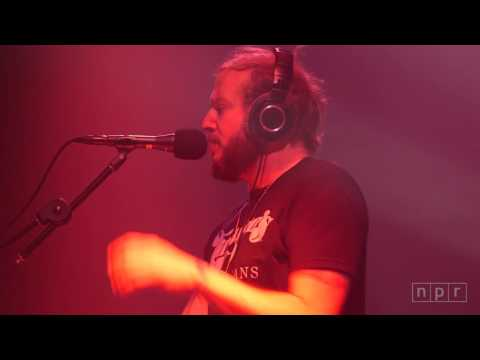 Bon Iver   Pioneer Works, Brooklyn complet show hd