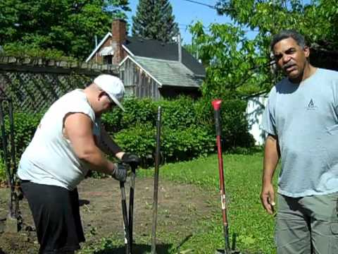 Fence West Island we dig holes by hand for your west island Montreal fence Clotures Secur Jh