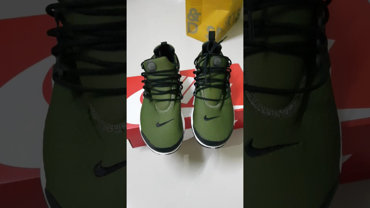 3d7635c3b6ee Nike Air Presto Essential- Legion Green - YouTube