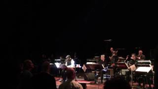 Al Jarreau & NDR bigband (I), Oosterpoort Groningen 27-11-2016