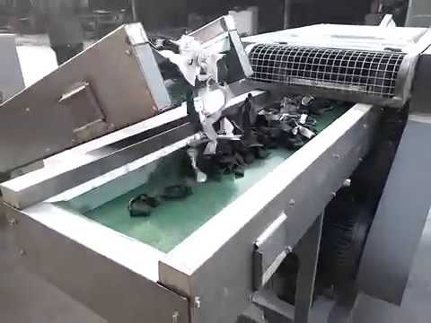 Textile fabric old cloth cutting machine working