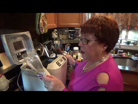 Let's Cook- Wolfgang Puck 2.0 Lb. Programmable Breadmaker- Cinnamon Raisin Bread