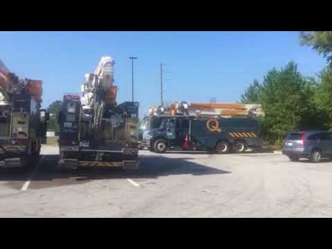 Power Trucks from CANADA Restore Electricity to Florida - Post Hurricane Irma