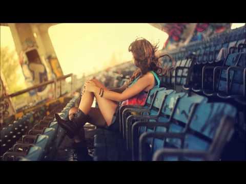 Röyksopp ▶ Something In My Heart (feat  Jamie Irrepressible)