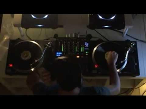 Beatport Ustream - Mihalis Safras 26.10.2012 (2)
