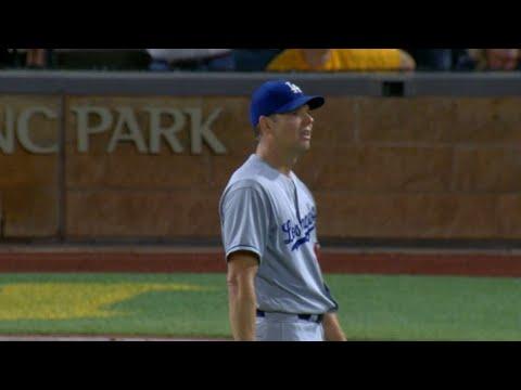 LAD@PIT: Hill tosses a no-hitter through nine frames