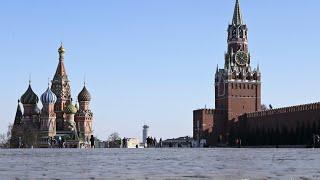 Москва в первый день нерабочей недели