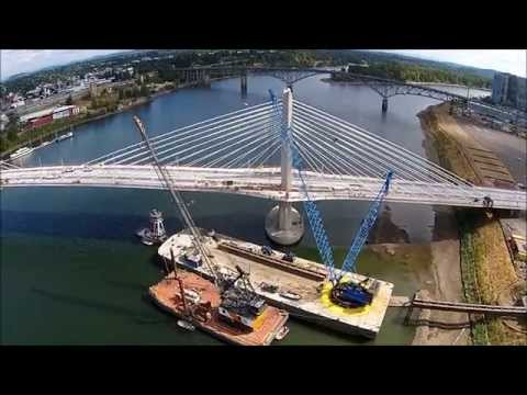 AAC Millennium Derrick Barge - Tilikum Crossing Project