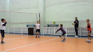 Волейбол обучение. Дети. Упражнение. Верхняя и нижняя передачи