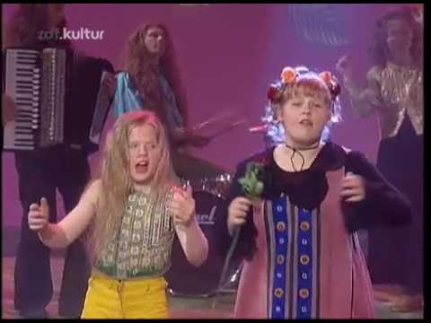 The Kelly Family - Roses Of Red 1995 Live