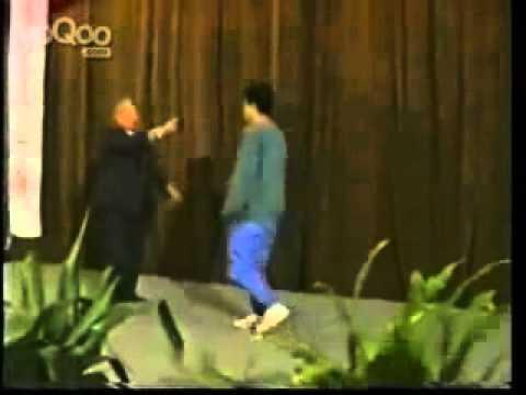 Мастер Ван Пэйшен, демонстрация 2000 г.