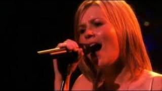 B - Video Clip - Dido - White Flag
