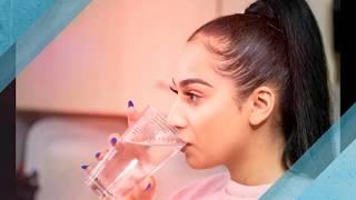 À 21 ans, elle vit un cauchemar à cause de son allergie à l'eau