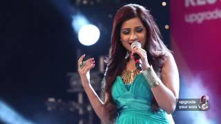 Download Tujhme Rab Dikhta Hai by Shreya Ghoshal live at Sony Project Resound Concert