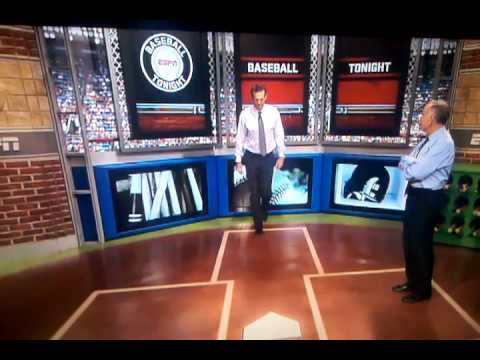 Aaron Boone imitates joe torre walk