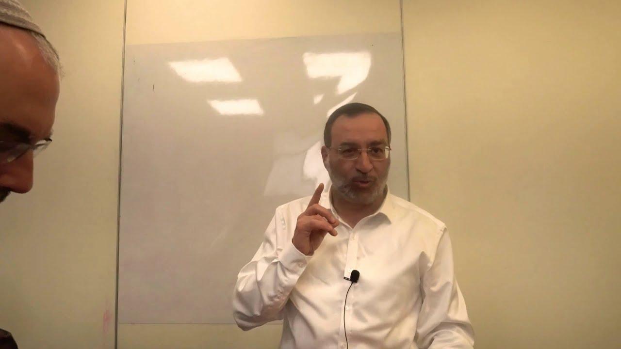 קנין רוחני בשמירת זכויות - צורבא מדרבנן  - הרב בן ציון אלגאזי