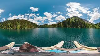 Озеро Малая Рица в Абхазии