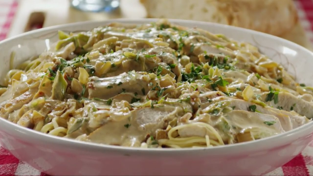 как приготовить курицу вс сырным соусом