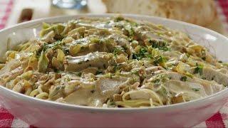 Курица в сливочном соусе со спагетти