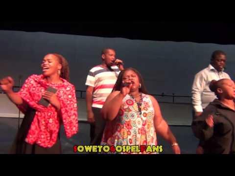 Soweto Gospel Choir - Kenang Bohle