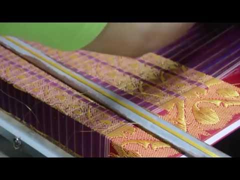 Pembuatan Kain Tenun Uis Nipes Karo - The Handweaving Of Uis Nipes Karo