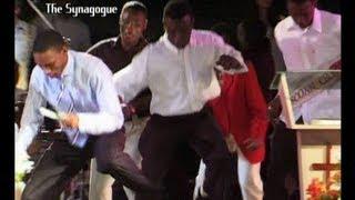 Т. Б. Джошуа (TB Joshua) - Botswana Crusade - Arrival in Stadium