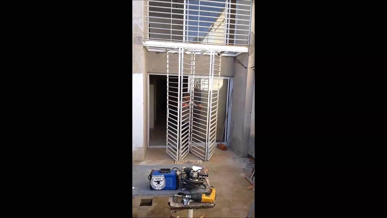 Apertura tipo acordeon plegadizo puertas ventanas for Puerta de acordeon castorama